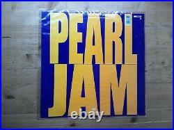 Pearl Jam Ten BASKETBALL PICTURE DISC Near Mint Vinyl Record 468884 0