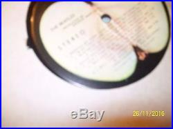 THE BEATLES WHITE LP 33RPM WithSINGED PICTURE OF RINGO LAST SIGNING 09
